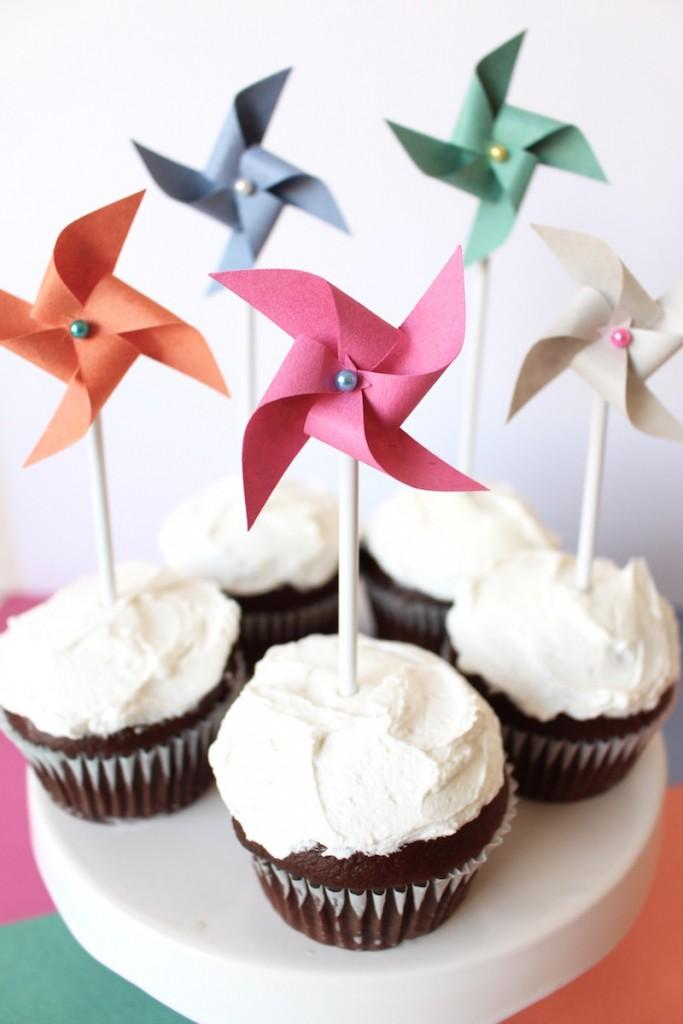 Pinwheel cake toppers