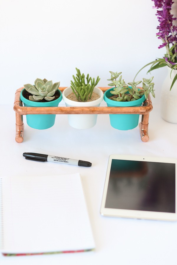 DIY Raised Copper Pipe Pot Plant Stand-10