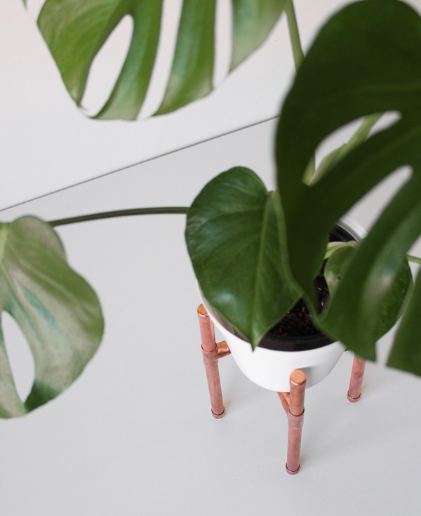 Raised Copper Pipe Pot Plant Stand-9