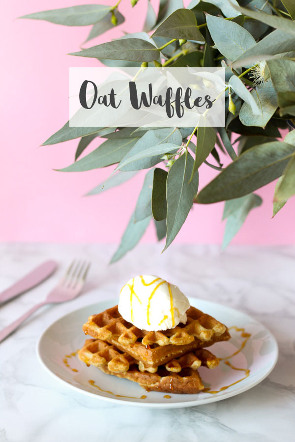 Oat Waffles // Recipe