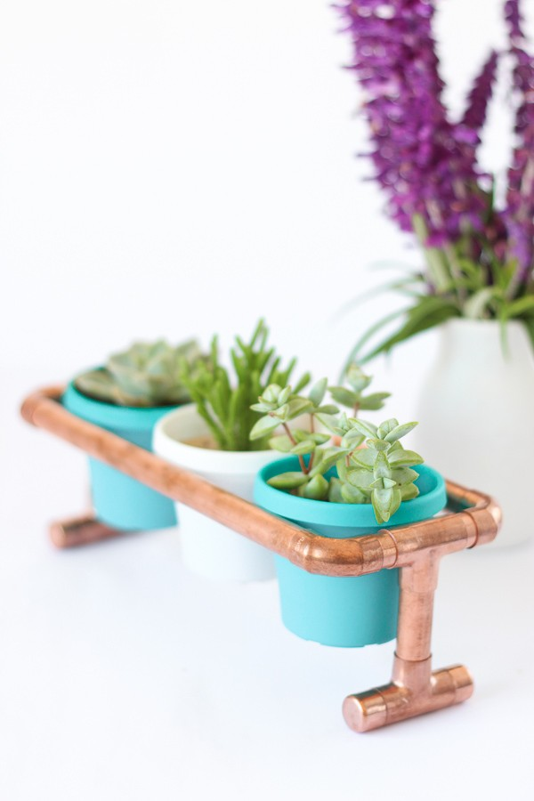 DIY Raised Copper Pipe Pot Plant Stand