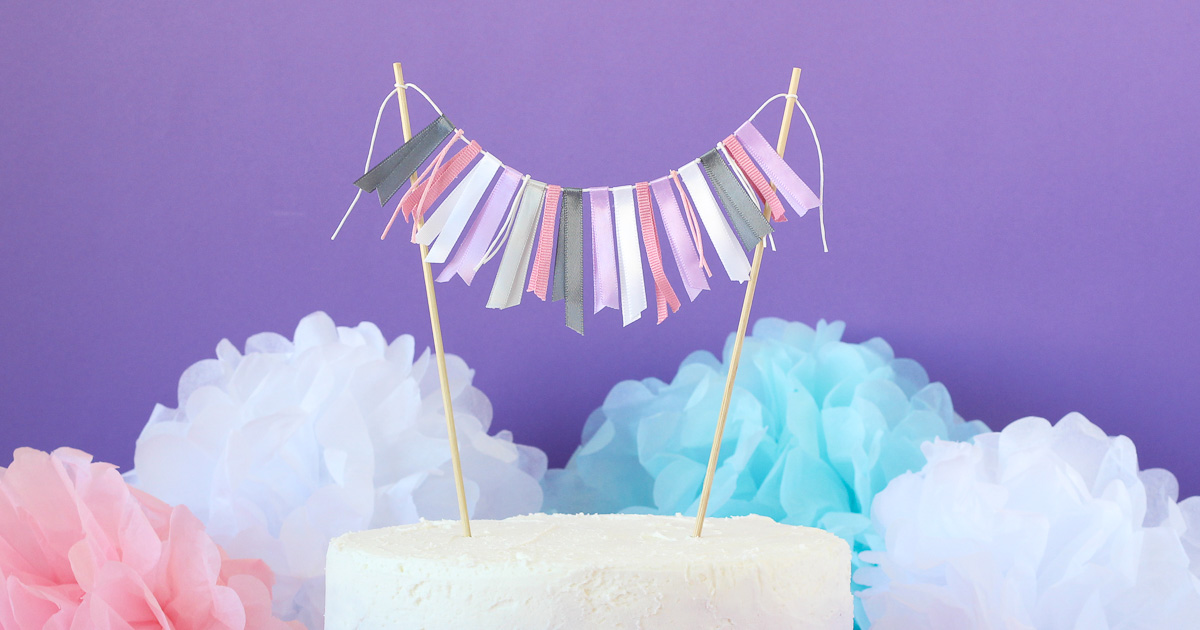 Cake Stand With Ribbon Tie