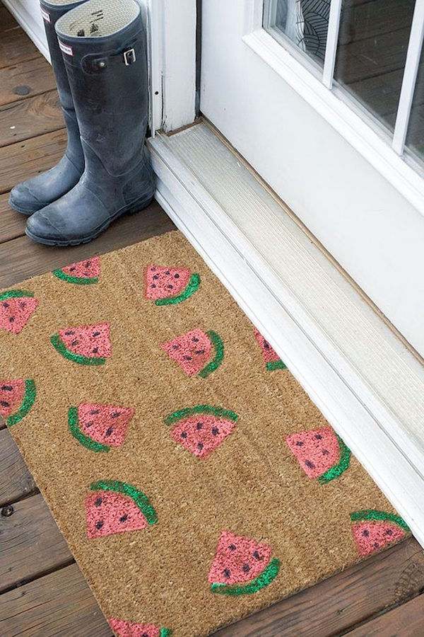 12 Lovely Free Watermelon DIY Projects & Printables, including this gorgeous painted doormat // Pure Sweet Joy