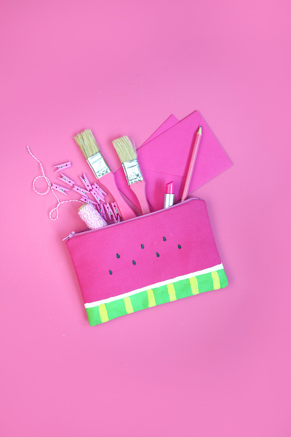 12 Lovely Free Watermelon DIY Projects & Printables, including this beautiful pencil bag // Pure Sweet Joy