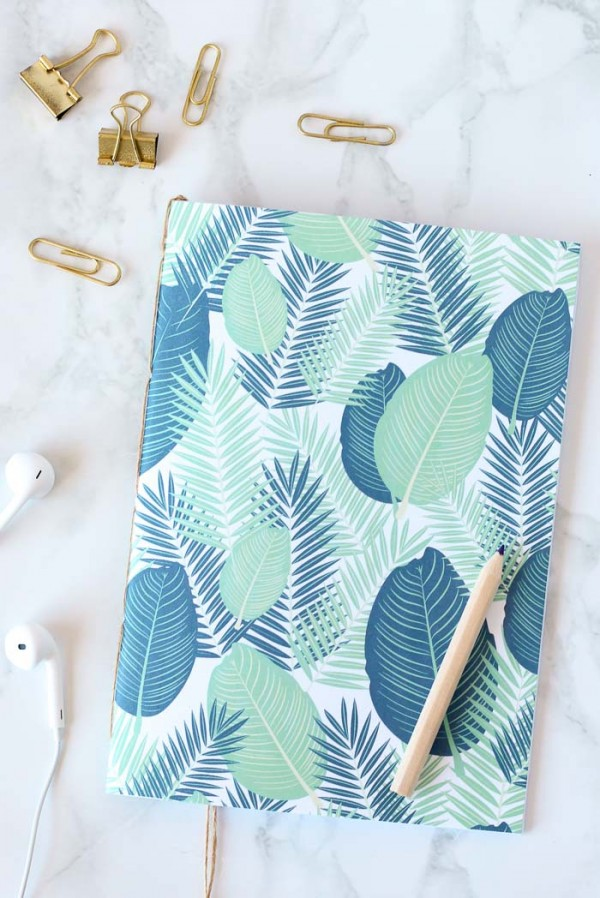 Make your own DIY bound notebook, without using any glue or fancy tools.