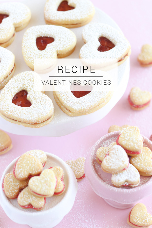 Use this simple recipe for Heart Cookies as a simple Valentines Day gift for that person who you just don't know what to get!