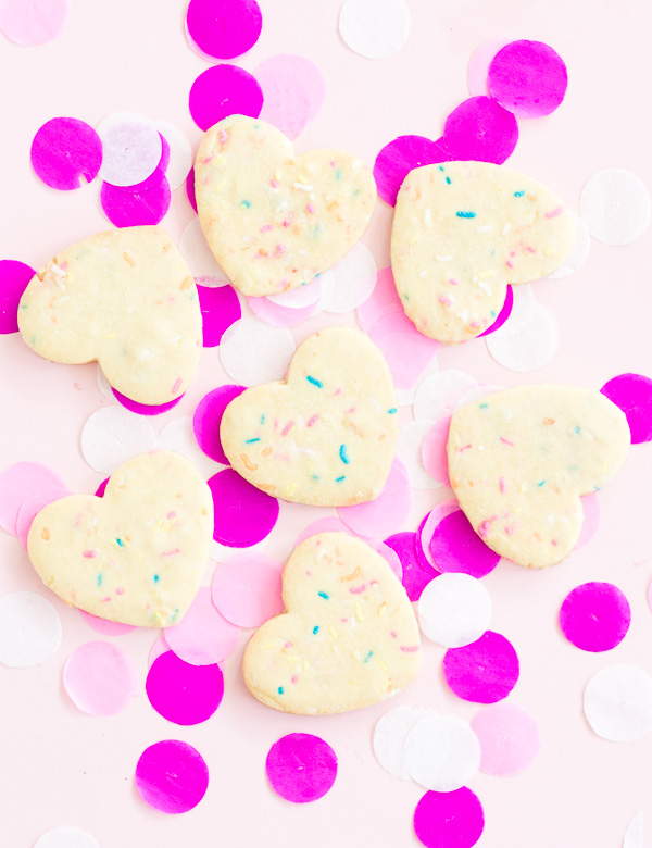 Add a little fun to your table with these heart funfetti cookies // recipe