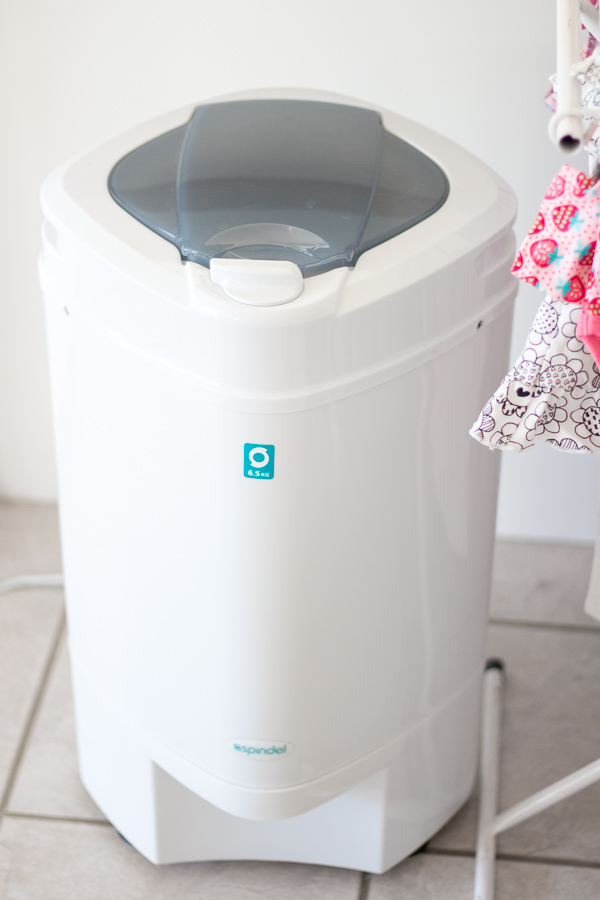 The Spindel is a great way to save electricity, while helping your laundry to dry in a flash!