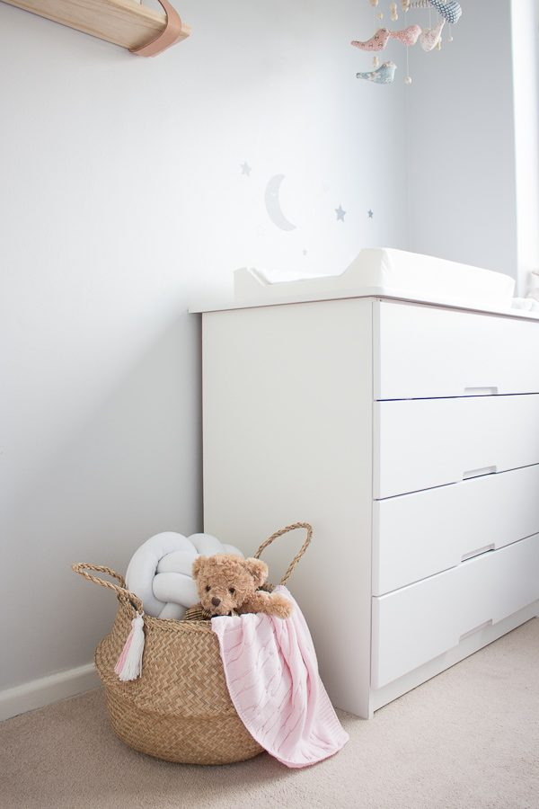 Belly Basket // Nursery Room Tour // Grey, white and pink neutral nursery for a little baby girl.
