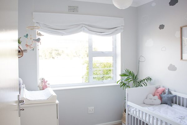Relaxed Roman Blind DIY // Nursery Room Tour // Grey, white and pink neutral nursery for a cute baby girl.