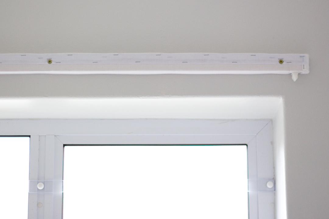 Make your own relaxed roman blind following these steps