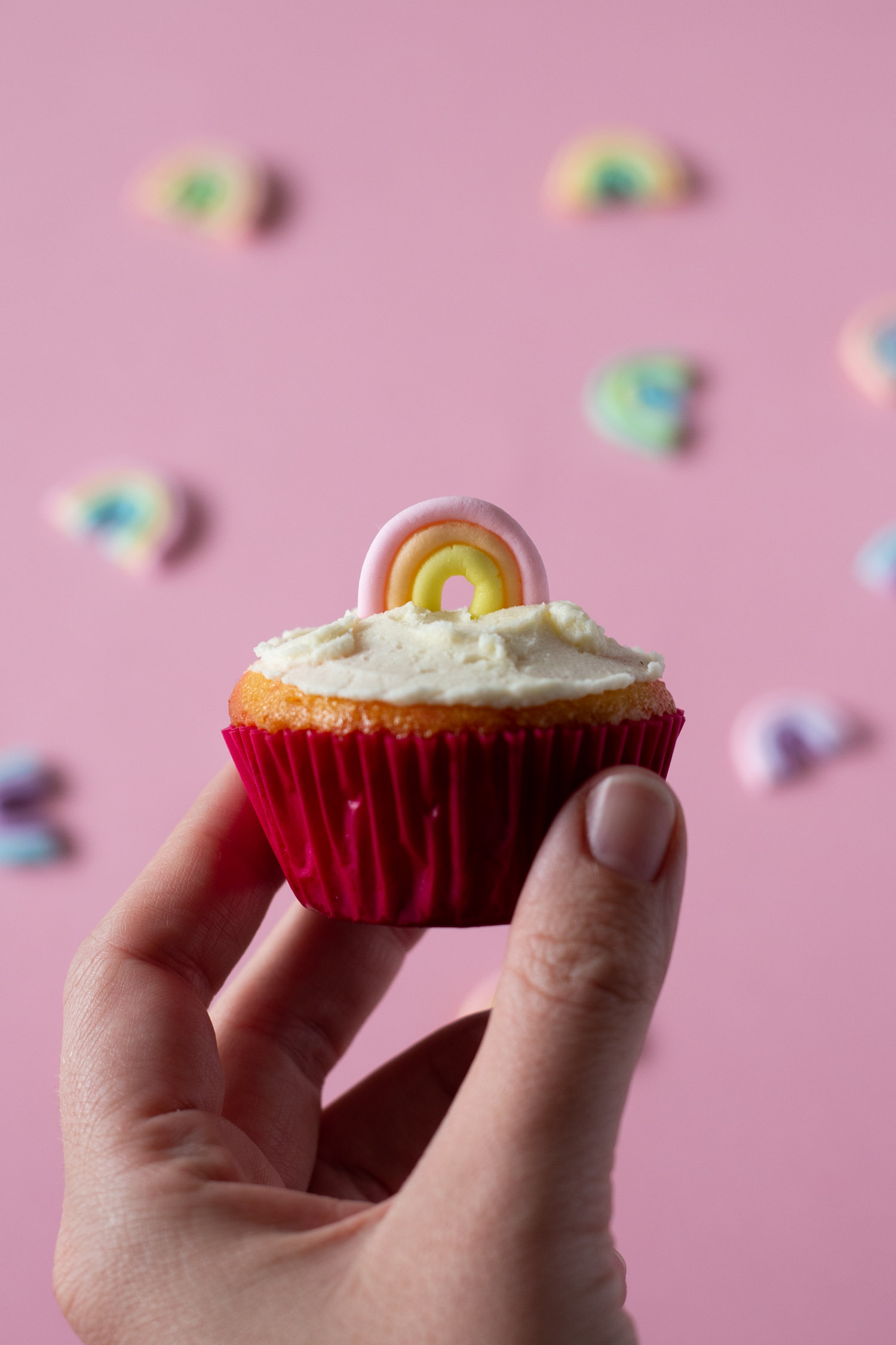 Rainbow Cupcake Toppers - Tutorial to make at home