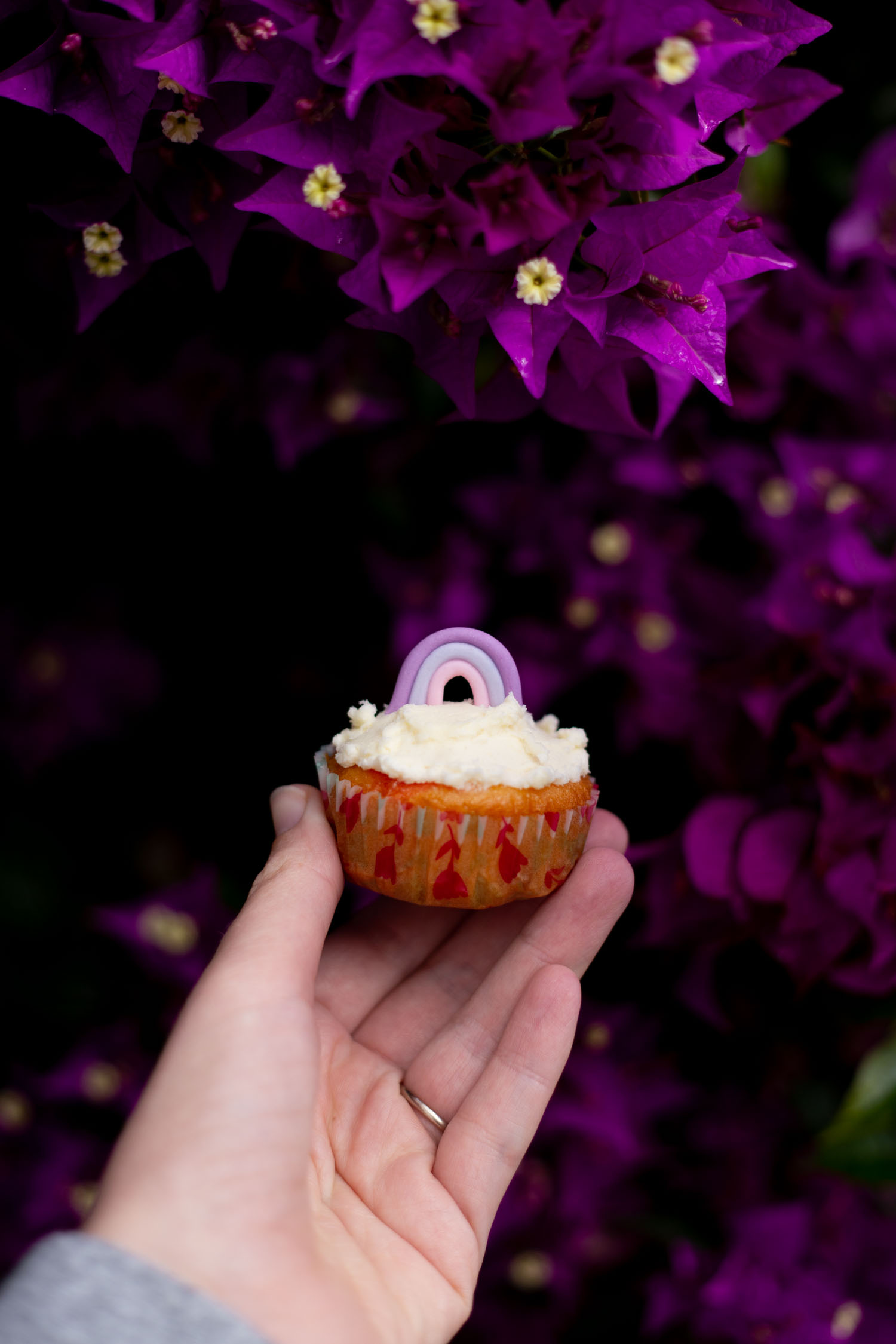 Cute Rainbow Birthday Party Cupcake Topper - DIY made from Fondant Icing