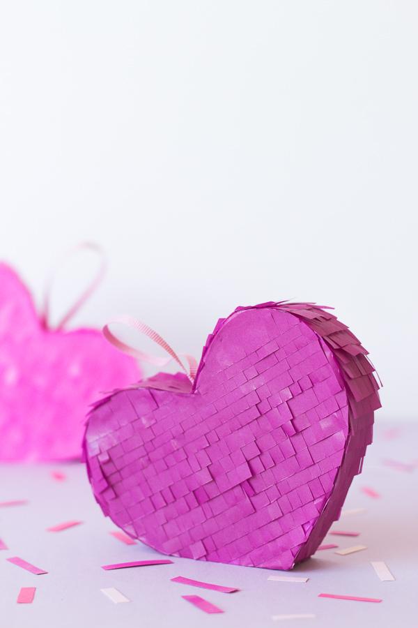Mini Heart Pinata // Valentines Gift DIY