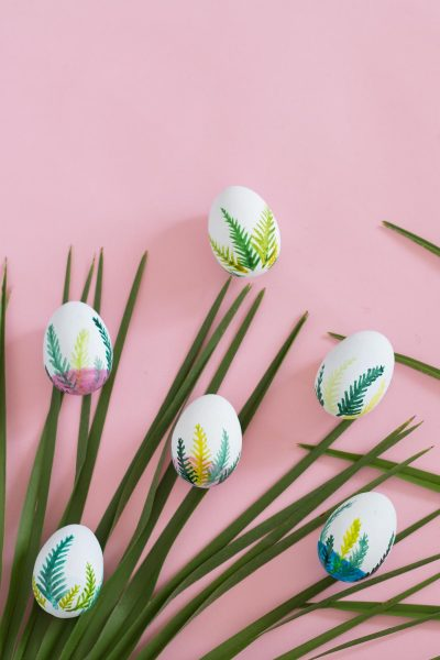 Watercolour Easter Eggs // DIY