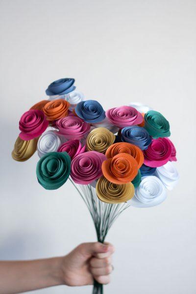 Easy Paper Flowers // DIY