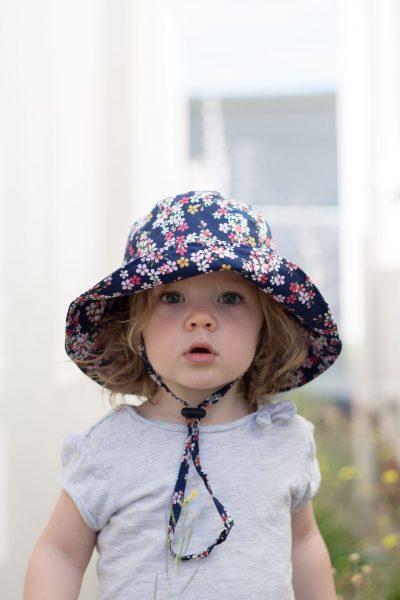 Wide brimmed Toddler Sun Hat DIY